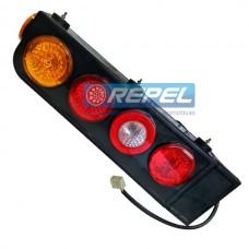 Conjunto Lanterna Traseira Com ABA Carretas Semi Reboques Implementos Randon Com Triangulo Lado Esquerdo